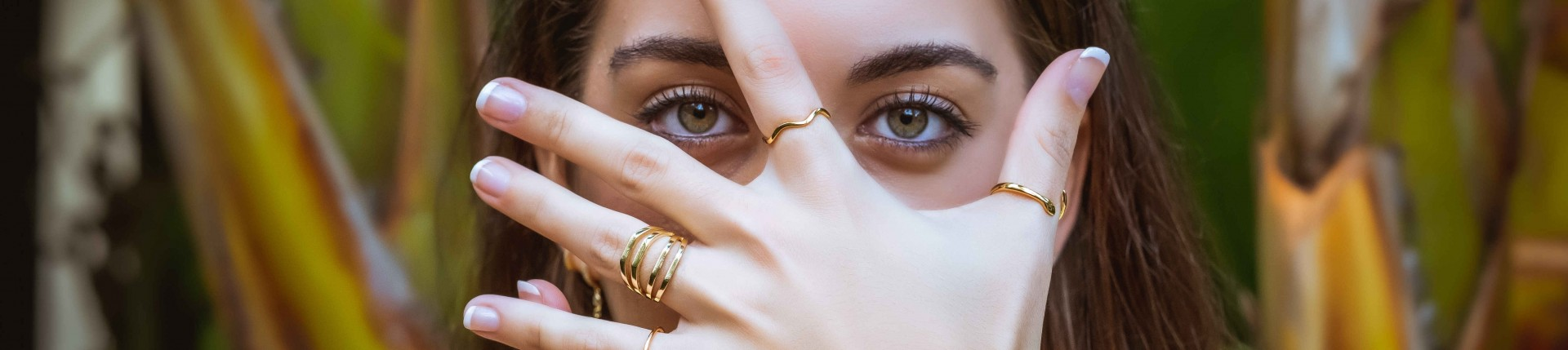 Rings in gold